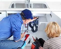 Important signs that indicate it's time to call the plumber ASAP Plumbers